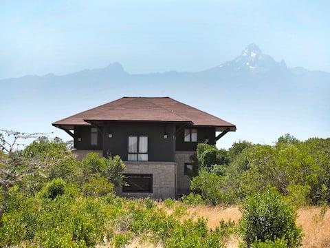 Batian Apartment, Mount Kenya Wildlife Estate