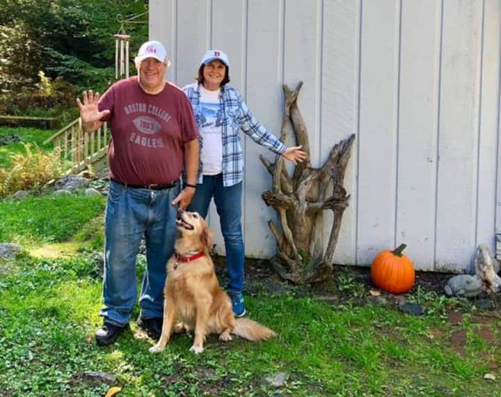 Denmark Maine Getaway CabinMoose Pond Dogs Welcome