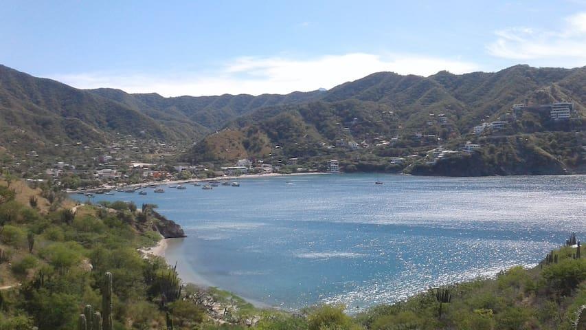 """Casa de campo Taganga, mar caribe"""