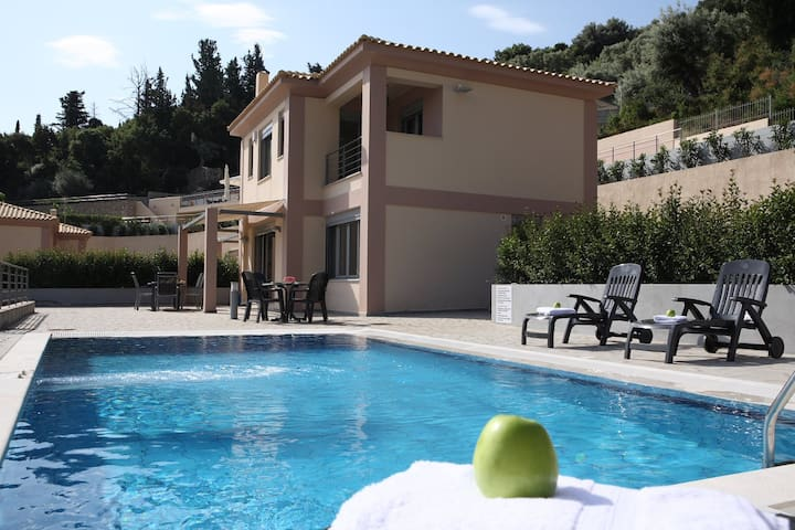 Villa Meliti with private pool in Lygia Lefkada - Lefkada - Villa