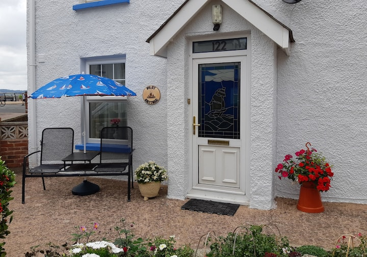Pilot Cottage.  All G/F,   Opposite Sea,  Parking.