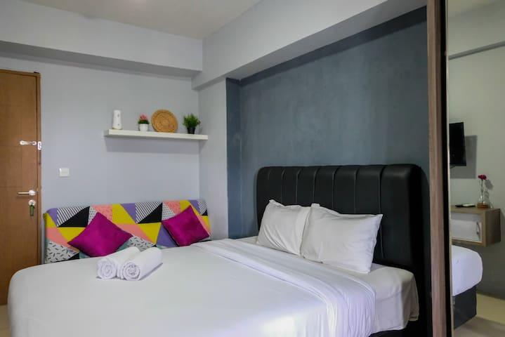 Minimalist Studio Bintaro Park View Apartment