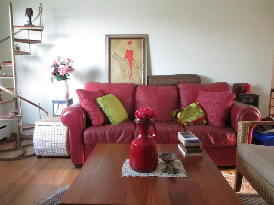 Shared living space: Living Room
