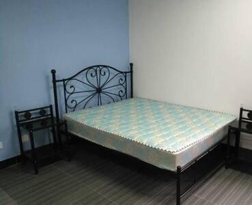 3 bedroom, comfortable 3 bed,TV,Wifi, In Cardiff - Pontypridd - Casa