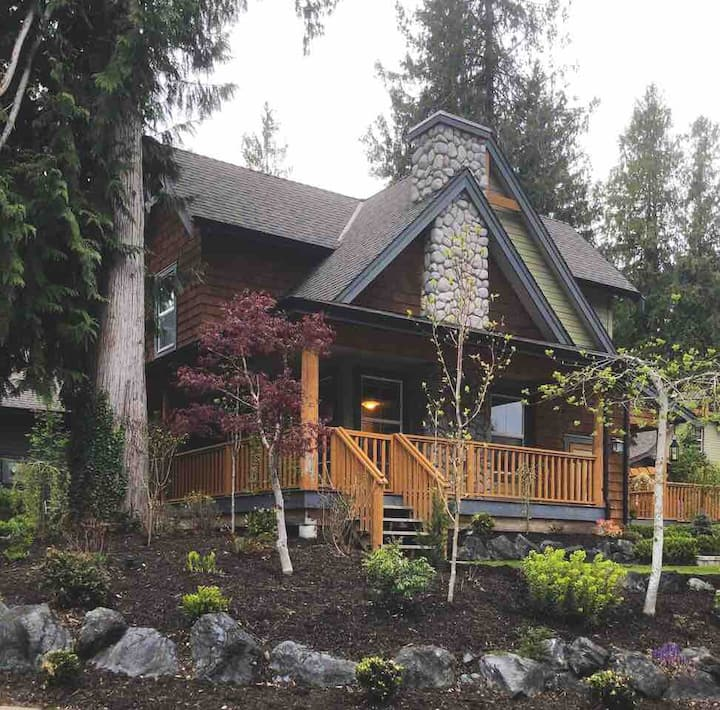 Charming Cottage @ Cultus, a perfect getaway!
