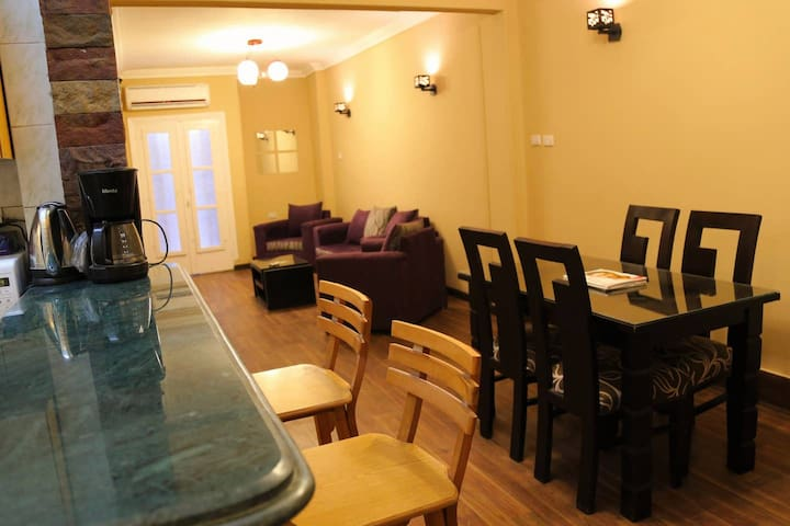 ✫Sunny Modern APT In The Heart of Downtown Cairo✫