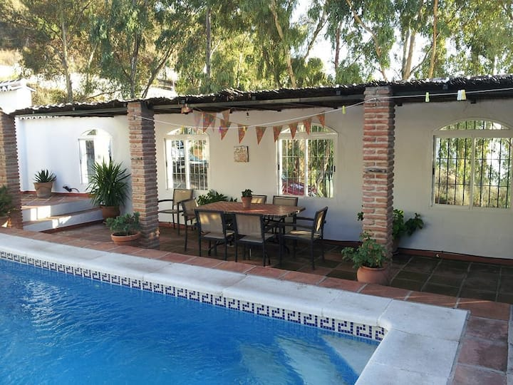Family-friendly finca, lovely courtyard and pool.