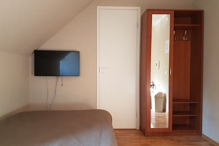 Convenient stay in Märjamaa. Room with double bed