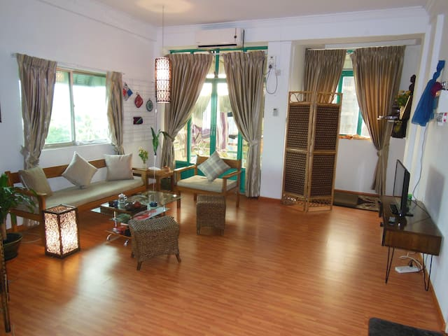 Beautiful Room near Kandawgyi Lake - Yangon - Lägenhet