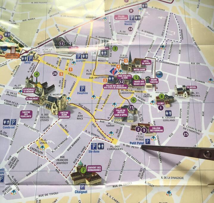 La pointe indiqué la localisation de l appartement au cœur du centre historique