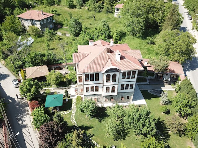 Paçacıoğlu Bağ Evi