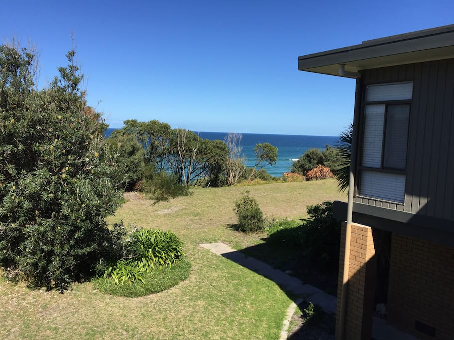 Timeout at Tyers has gorgeous views of the ocean.