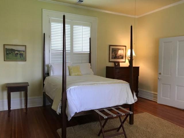 The Barr House Inn - Penn Room