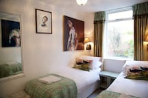 Bedroom 4 - king size double or twin beds