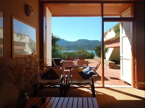 splendida villa sul mare vicino Porto Rotondo