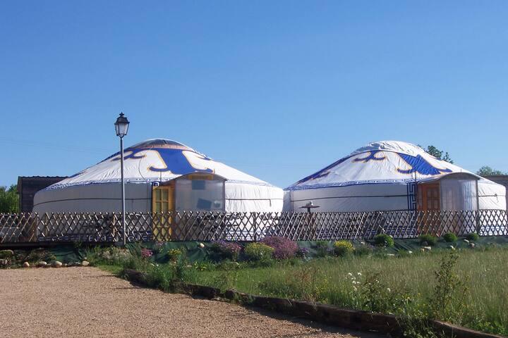 LES MILLE ET UNE YOURTES - Biol - Yurt