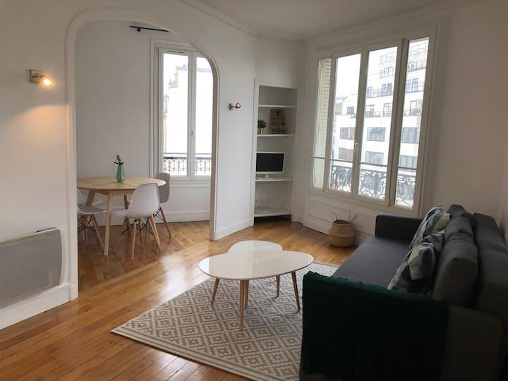 Bright Apartment near Paris/La Defense