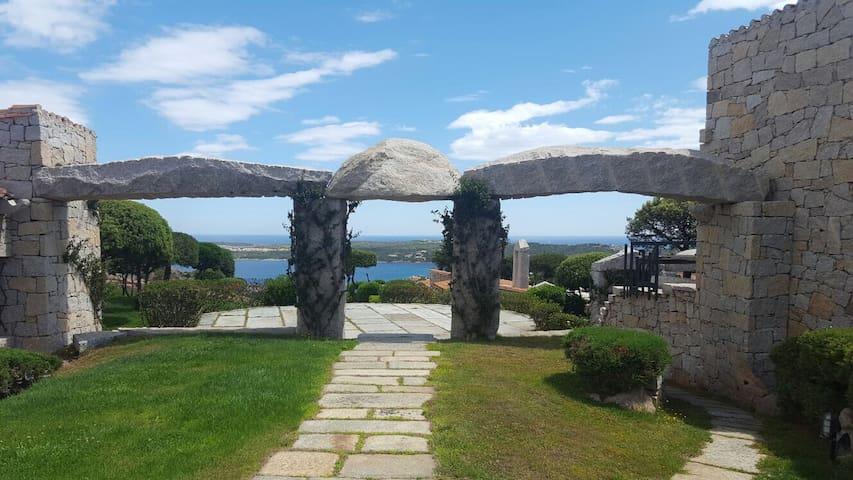 Raffinata casa panoramica in Costa Smeralda