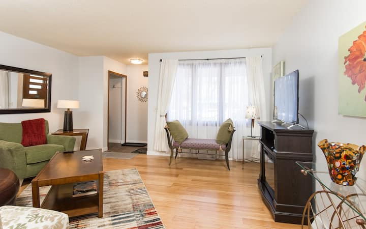 3BR on Penn Ave So, message us for reduced rate for 14 day stays