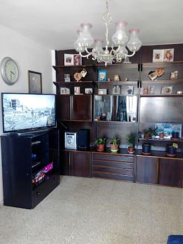Habitación privada Cerca de Estacion de Trenes - Málaga - Byt