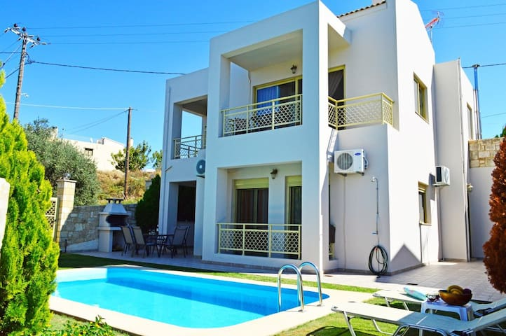 VillaEleni private pool&seaview,3bedrooms,Wifi,bbq - Tavronitis - Villa