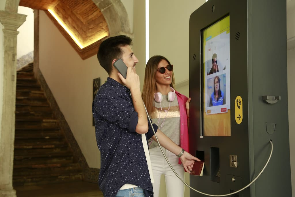Easy Self Check-in via Kiosk (video call assistance available 24H)