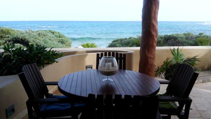 Oceanfront-pool level-2BD luxury
