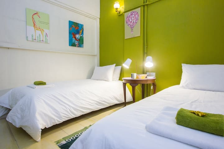 The twin room is ideal for friends travelling together to Penang.