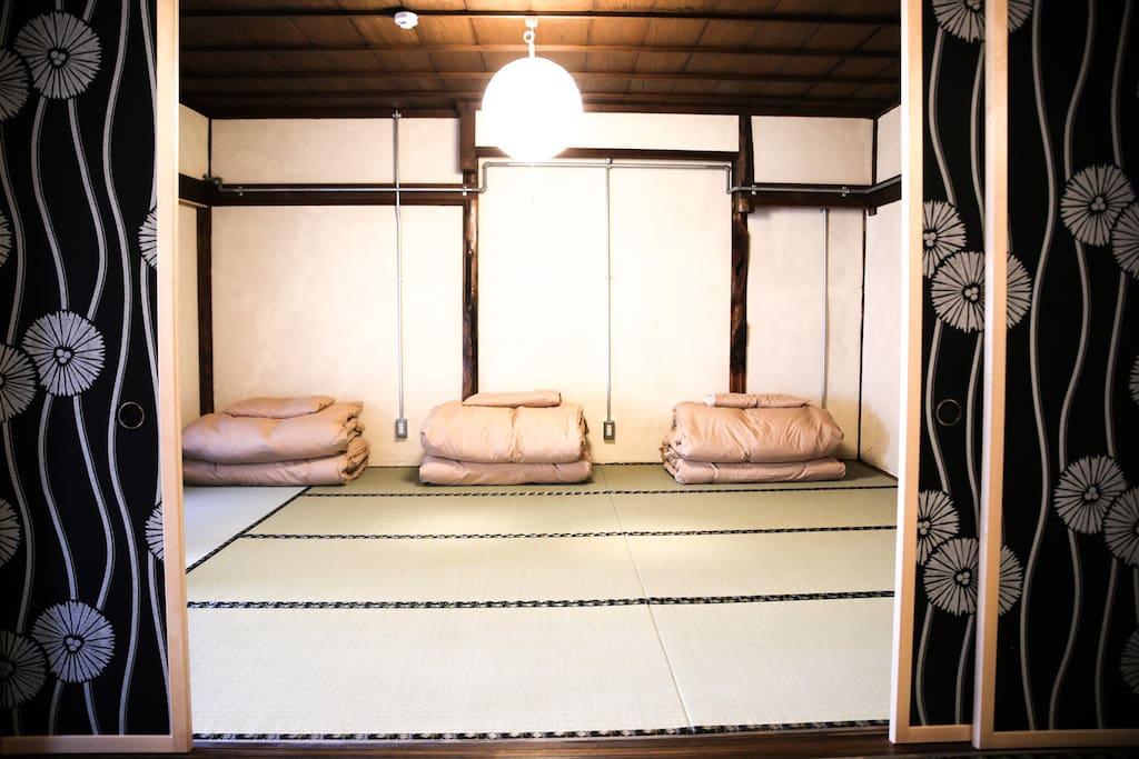 2F寝室 sleeping room