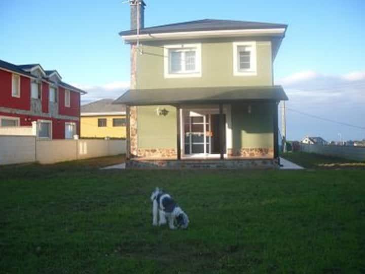 Casa nueva 5 habitaciones y finca cerrada.