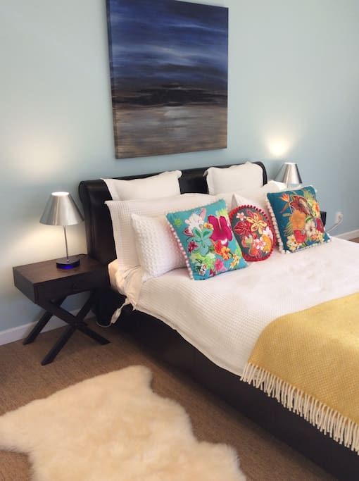 Extra large bedroom 1