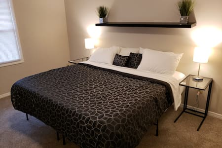 Great location!  King size beds, near the strip!