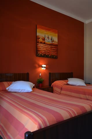 ROSA ROSSA CAMERE - Venasca,Valle Varaita - Cuneo - Venasca - Appartement