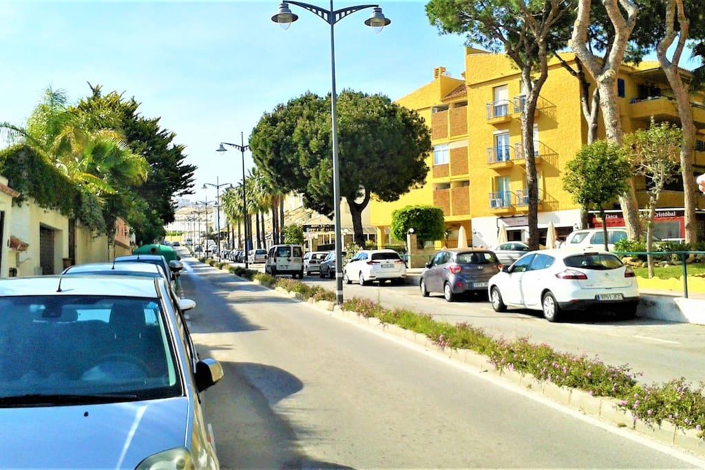 Av. España - Rent a Car