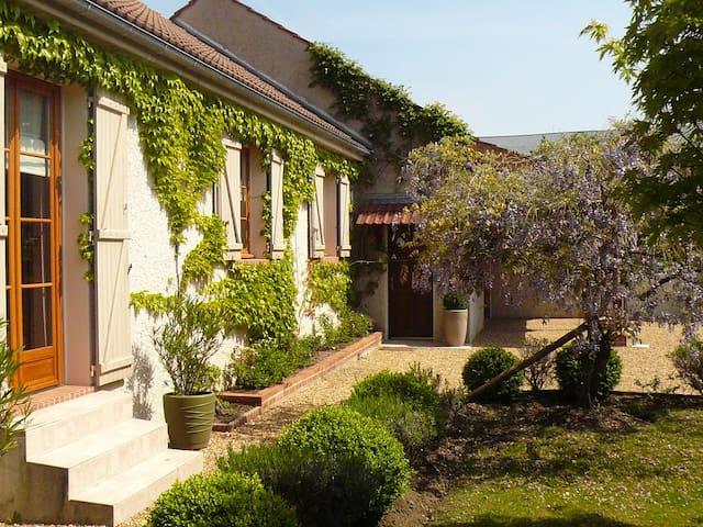Maison Brian et Christiane - Loury