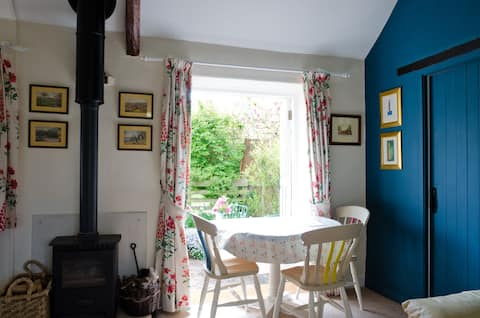Cosy cottage for 4 within the Exmoor National Park