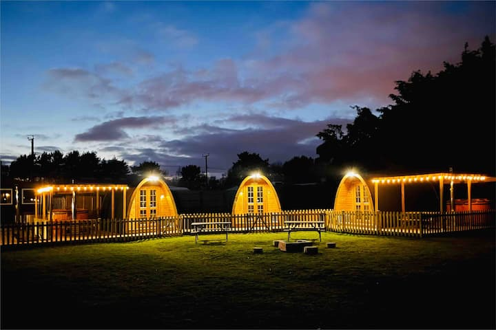 Willow Tree Farm Glamping pod's (group bookings)