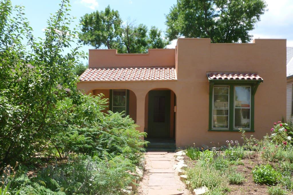 Old Colorado City 3 Bedroom Historic Home Amp Garden