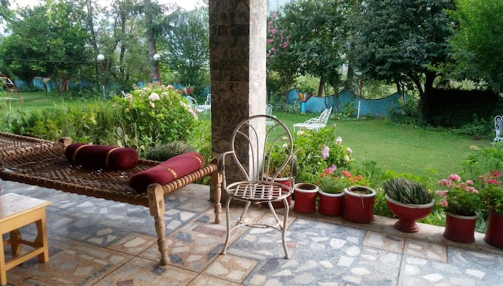 Peaceful environment surrounding you for comfort