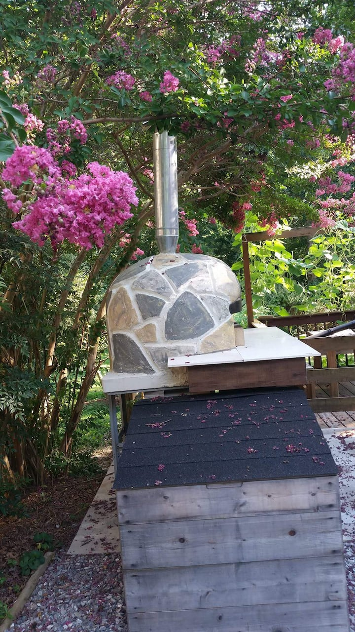 Pizza Oven build by Chef Michele