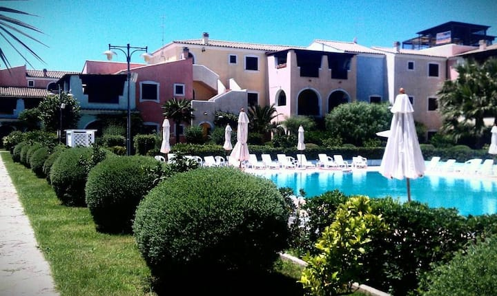 Recent 2 BR Apartm close to MATERA and the beach