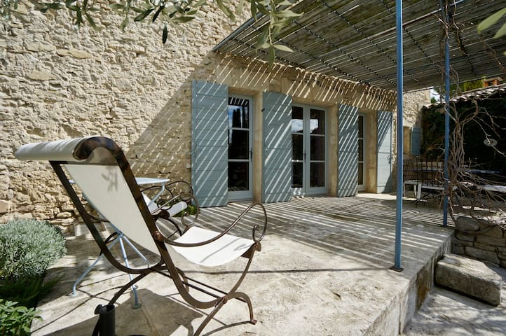 """La Grange Lagnes (apartment """"Espace"""" with terrace)"""