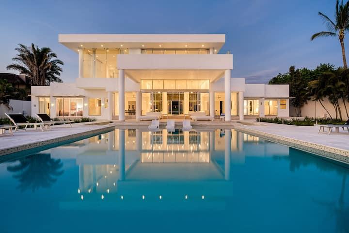 Casa China Blanca - Luxury Vacation Rental