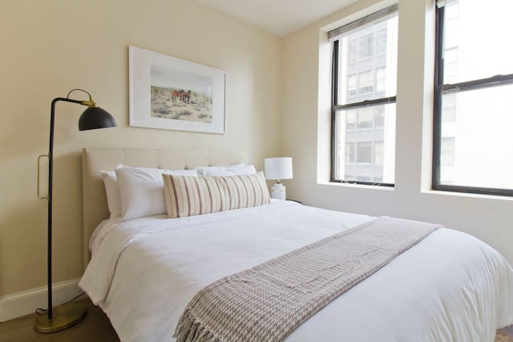 Evon | Boston Commons | Gorgeous 2BR + Subway b15
