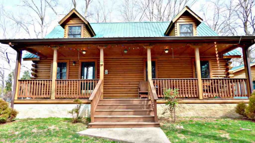 Beautiful Barren River Lake Cabin!!