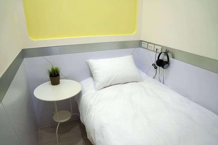 西門町最時尚的單人房旅店 #卡樂町旅店#