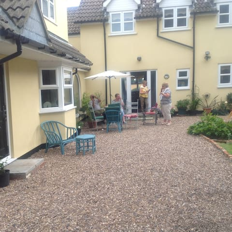 Cosy, comfortable cottage in a lovely village - North Thoresby - Casa