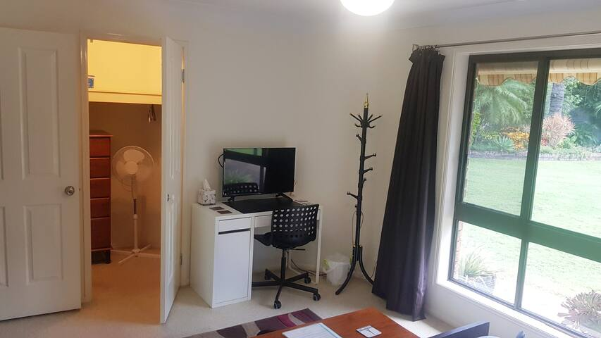 Large walk in robe with a chest of drawers, TV is netflix only.