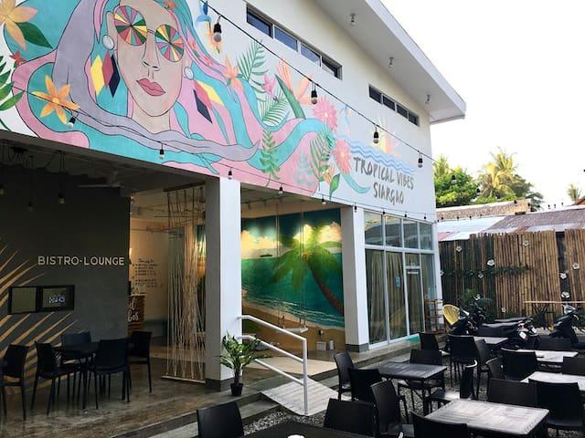 Tropical Vibes Inn Siargao (Standard Double Room)