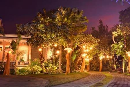 Villa Kori Maharani - Gianyar - Villa